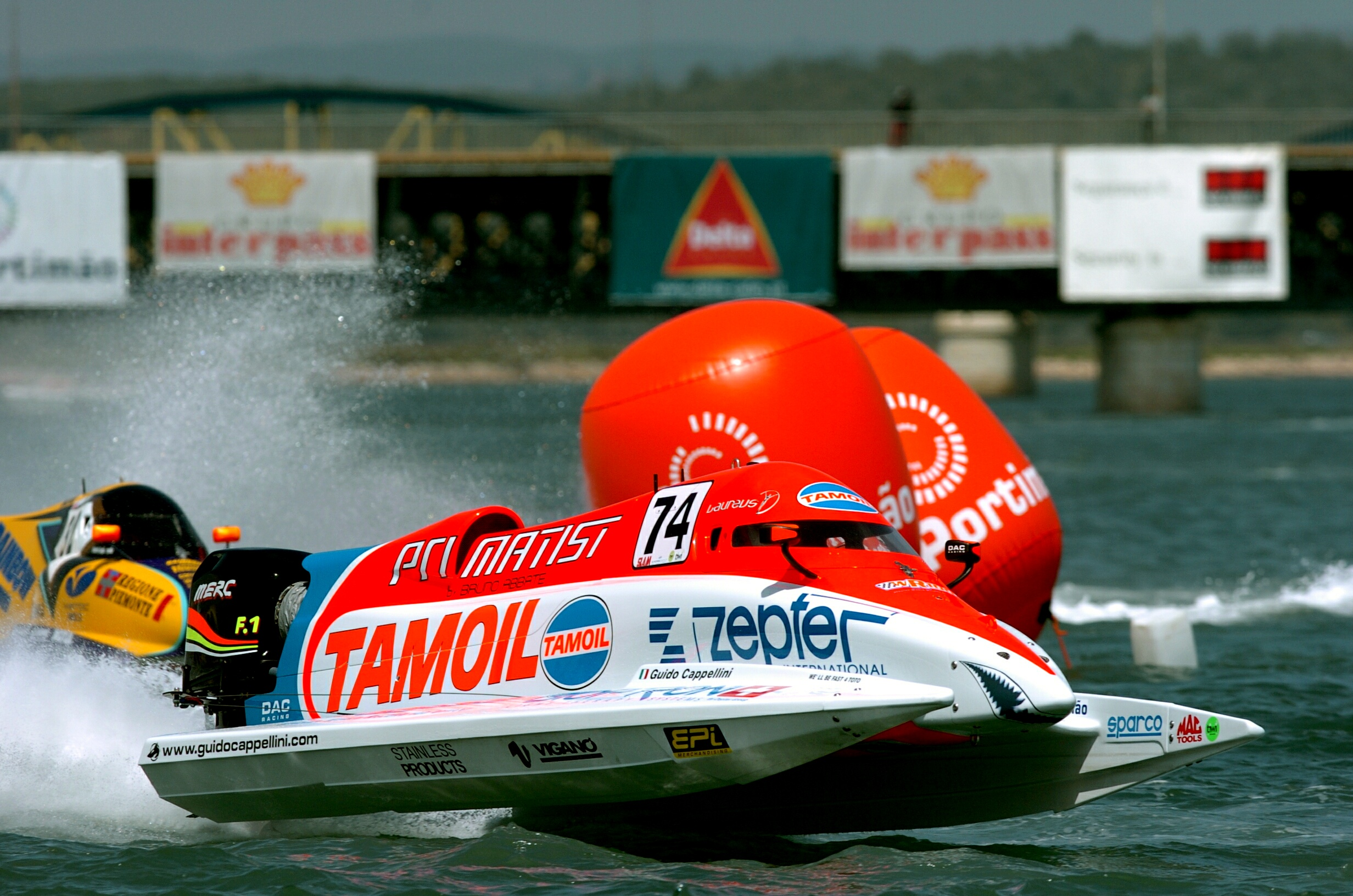 Portimao - Portugal - 3 May, 2008 - Timed Trials for the Portugal Grand Prix on Rio Arade: Guido Cappellini Tamoil Team. This GP is the 2th leg of the UIM F1 Powerboat World Championship 2008. Picture by Vittorio Ubertone/Idea Marketing.