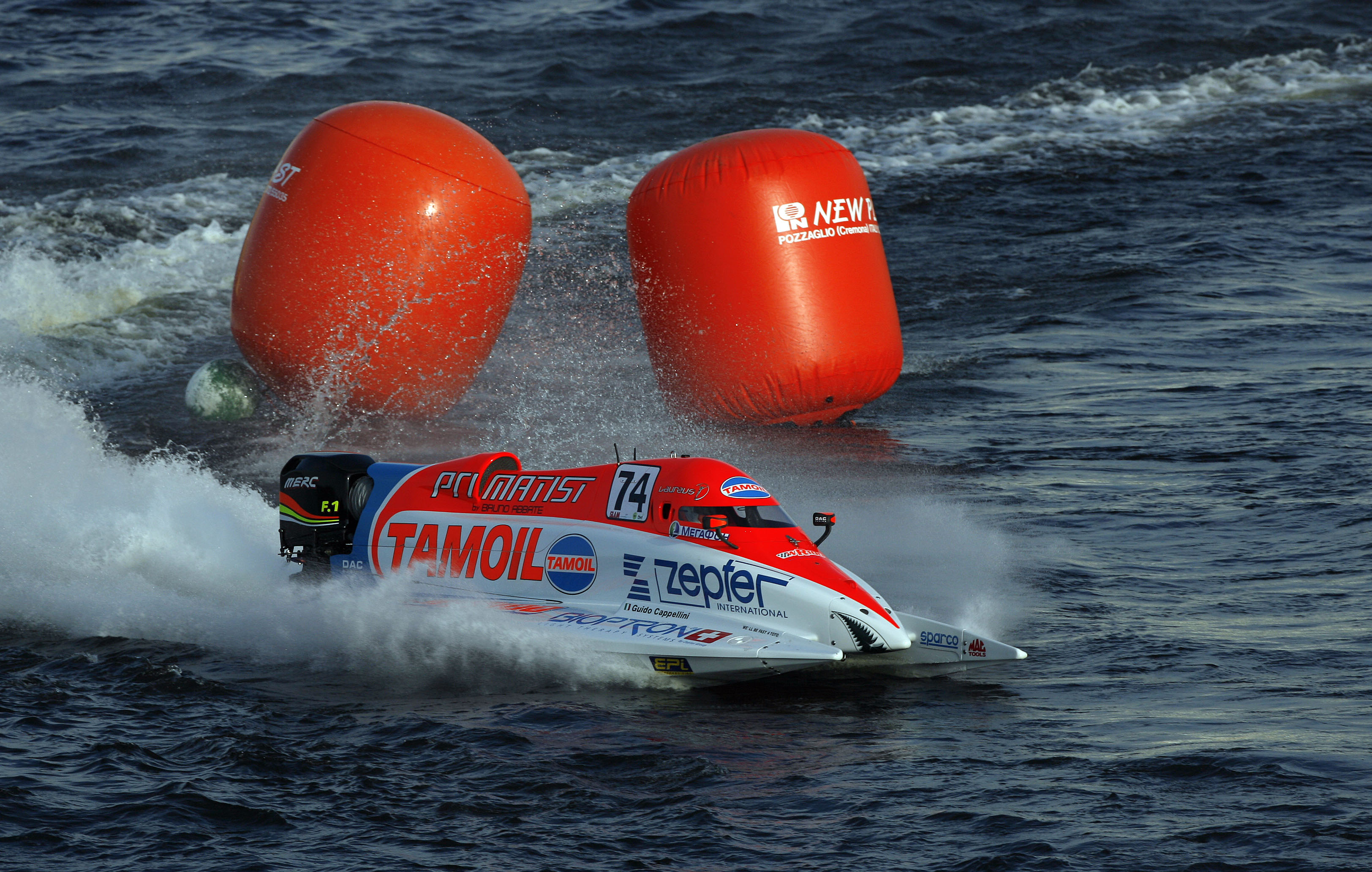 GP OF ST PETERSBURG-130608-PL-Guido Cappellini of Italy of the Tamoil F1 powerboat team pictured during the practice session on the Neva River in St Petersburg, Russia, venue of the UIM F1 powerboat Grand Prix, the 4th leg of the world championship series is staged on the Neva River on June 14, 2008. Picture by Paul Lakatos/Idea Marketing.