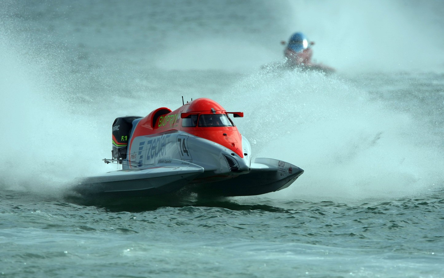 GP OF QATAR-281109-Guido Cappellini of Italy of the Zepter team in action for the UIM F1 Powerboat Grand Prix of Qatar, on the Doha Corniche, Doha, Qatar, the race days are November 27-28, 2009. Picture by Paul Lakatos/Idea Marketing.