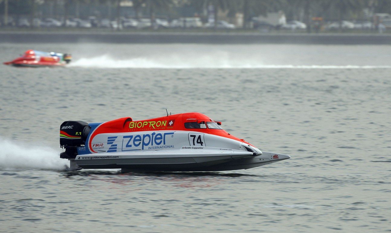 GP OF SHARJAH-091209-Guido Cappellini of Italy of the Zepter team for the UIM F1 Powerboat Grand Prix of Sharjah on the Khalid Lagoon, December 10-11, 2009.  Picture by Paul Lakatos/Idea Marketing.