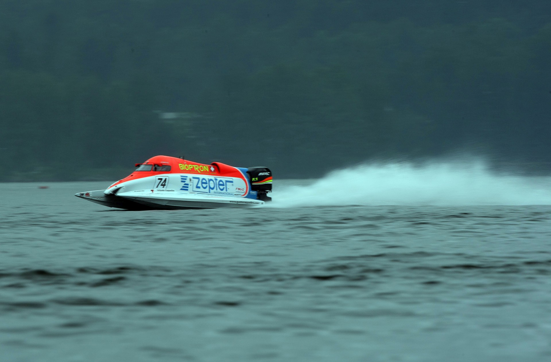 130609-LAHTI-PL-Guido Cappellini of Italy of the Zepter F1 powerboat team pictured in action during practice for the UIM F1 Powerboat Grand Prix of Finland, on Lake Vesijarvi, Lahti, Finland. Picture by Paul Lakatos/Idea Marketing.