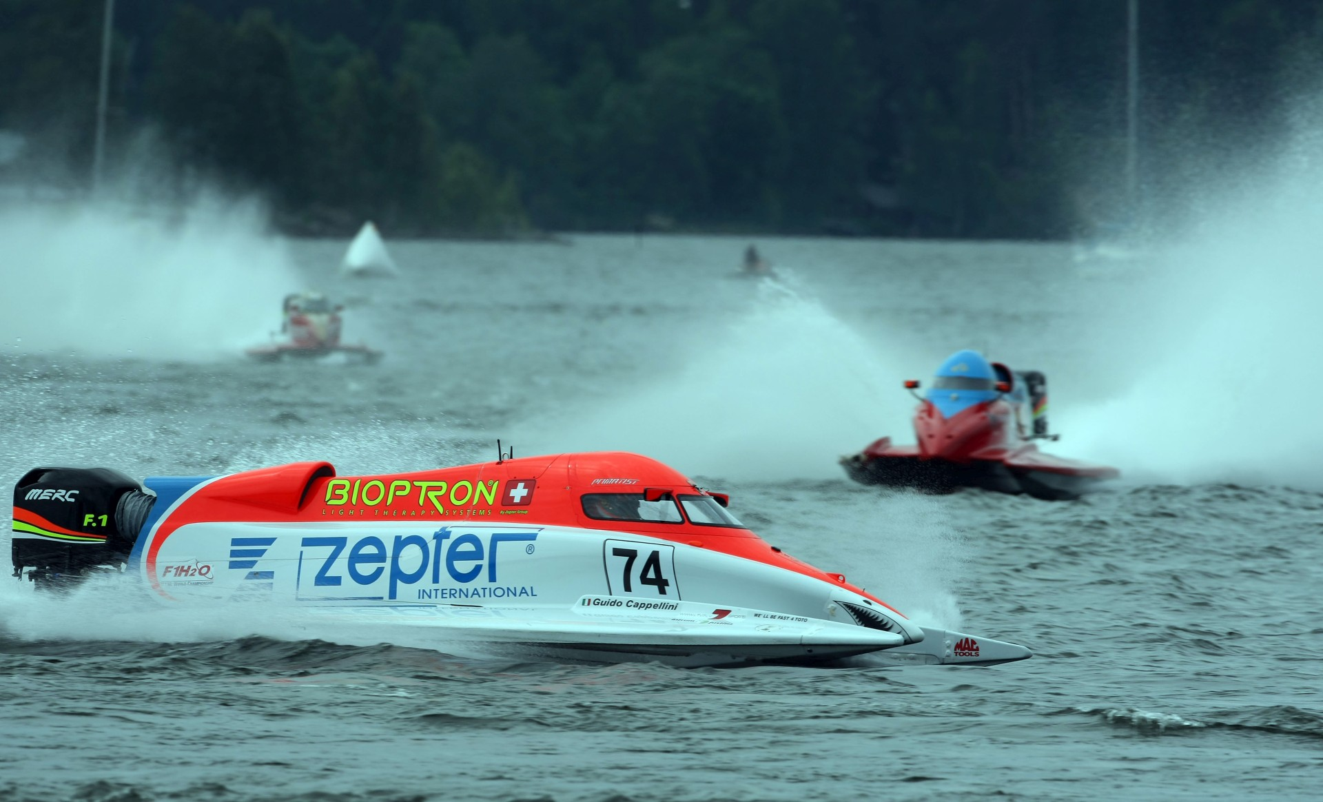 120609-LAHTI-PL-Guido Cappellini of Italy of the Zepter Team in action during the 1st race of the UIM F1 Powerboat Grand Prix of Finland, on Lake Vesijarvi, Lahti, Finland. Picture by Paul Lakatos/Idea Marketing.